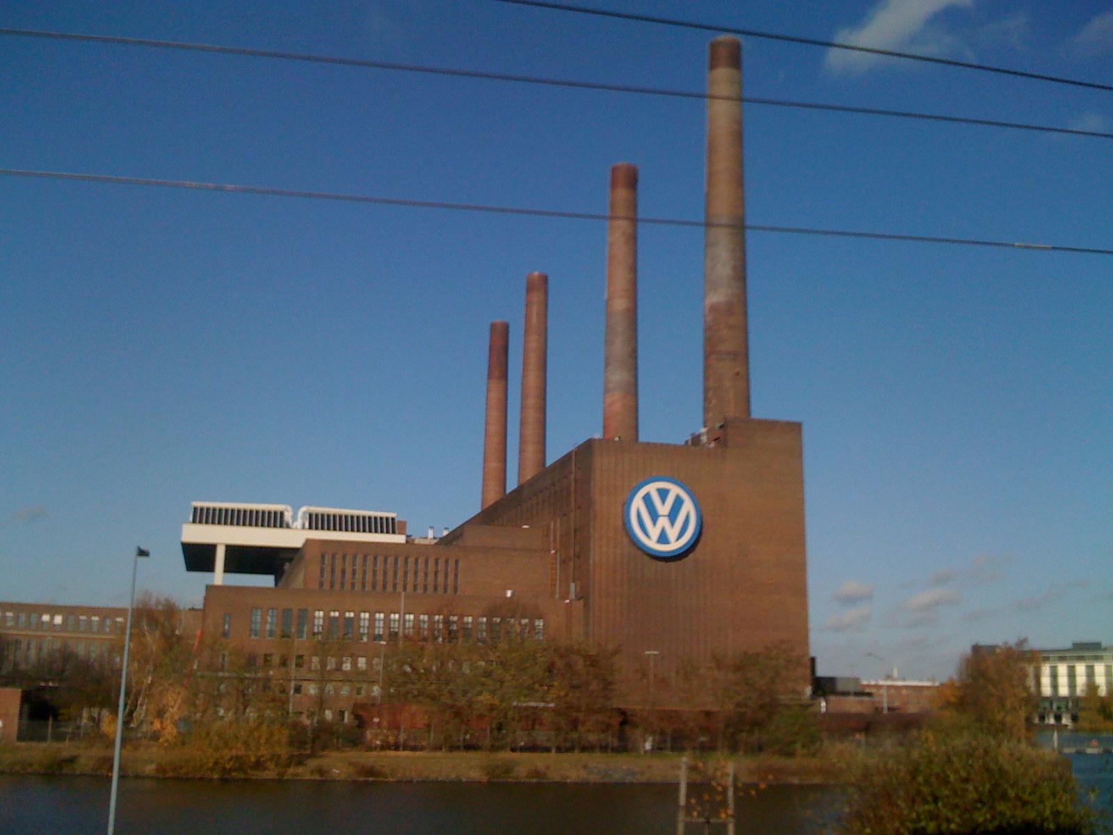 Wolfsburg hat auch einen blauen Himmel...