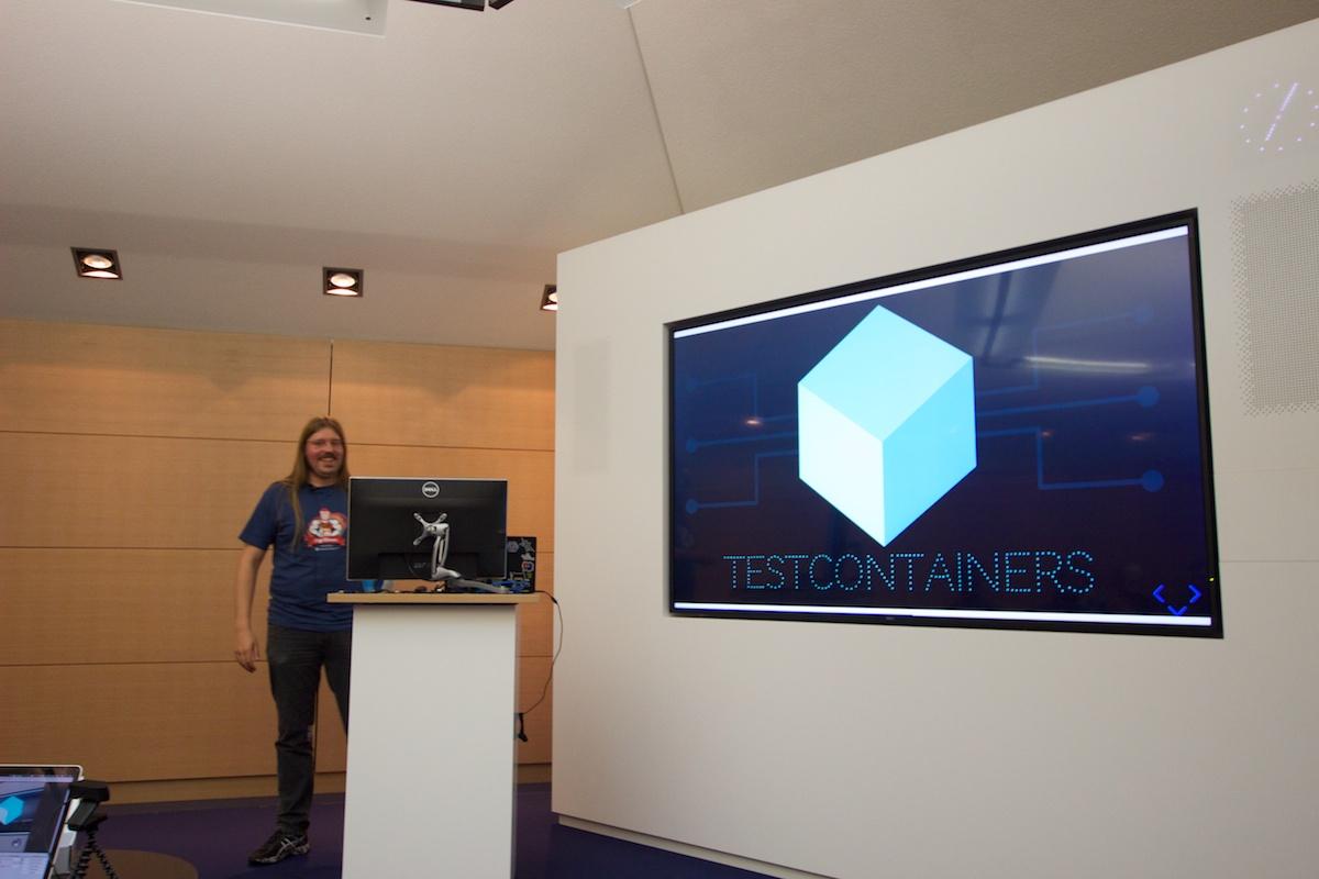 Einführung in Testcontainers mit Kevin Wittek – Blogging